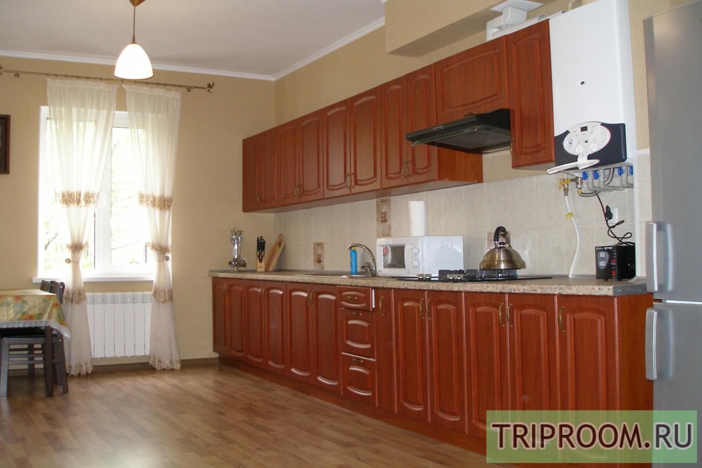 3-комнатная квартира посуточно (вариант № 34537), ул. Чехова улица, фото № 1
