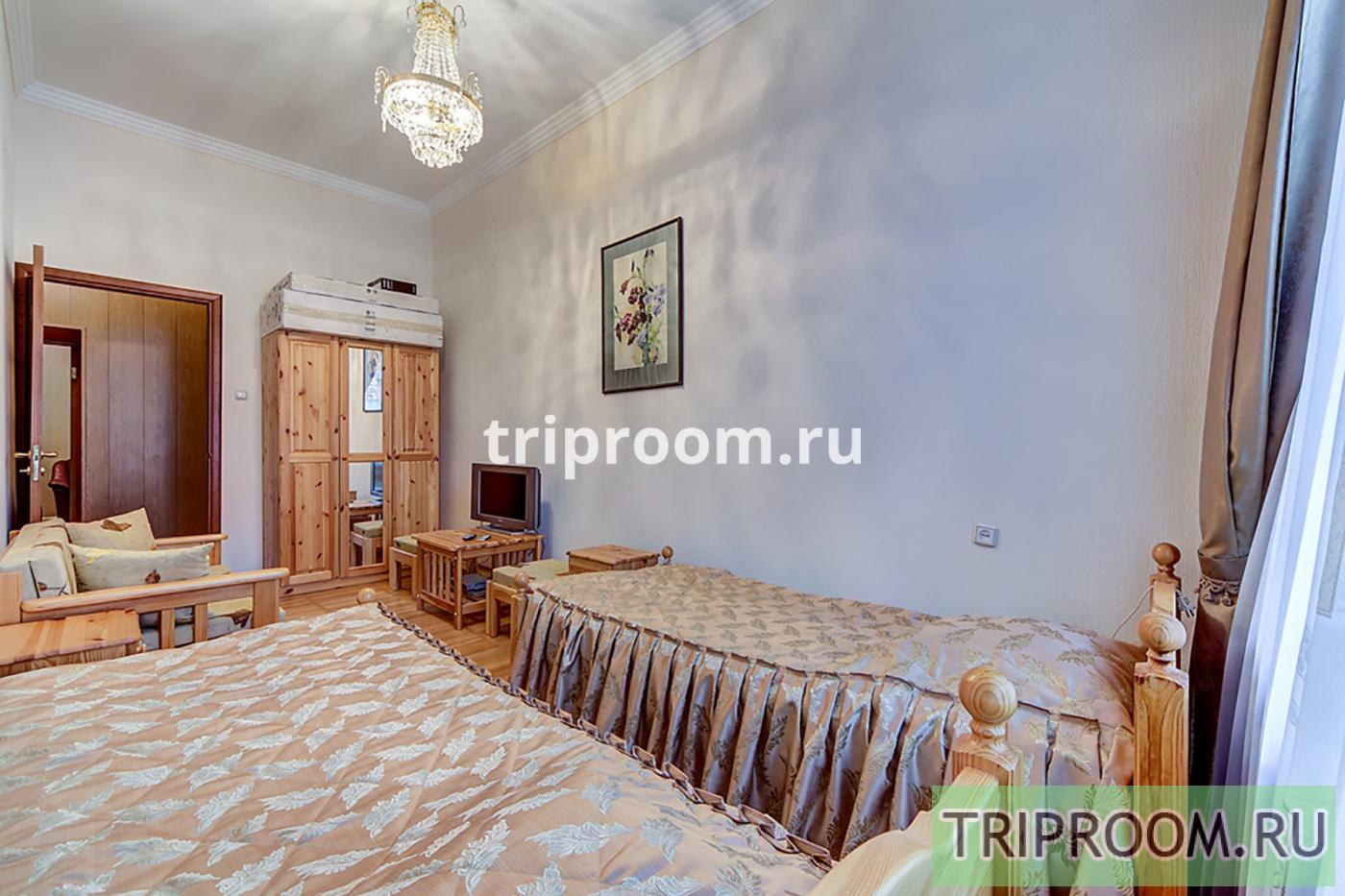 4-комнатная квартира посуточно (вариант № 20160), ул. Реки Мойки набережная, фото № 20