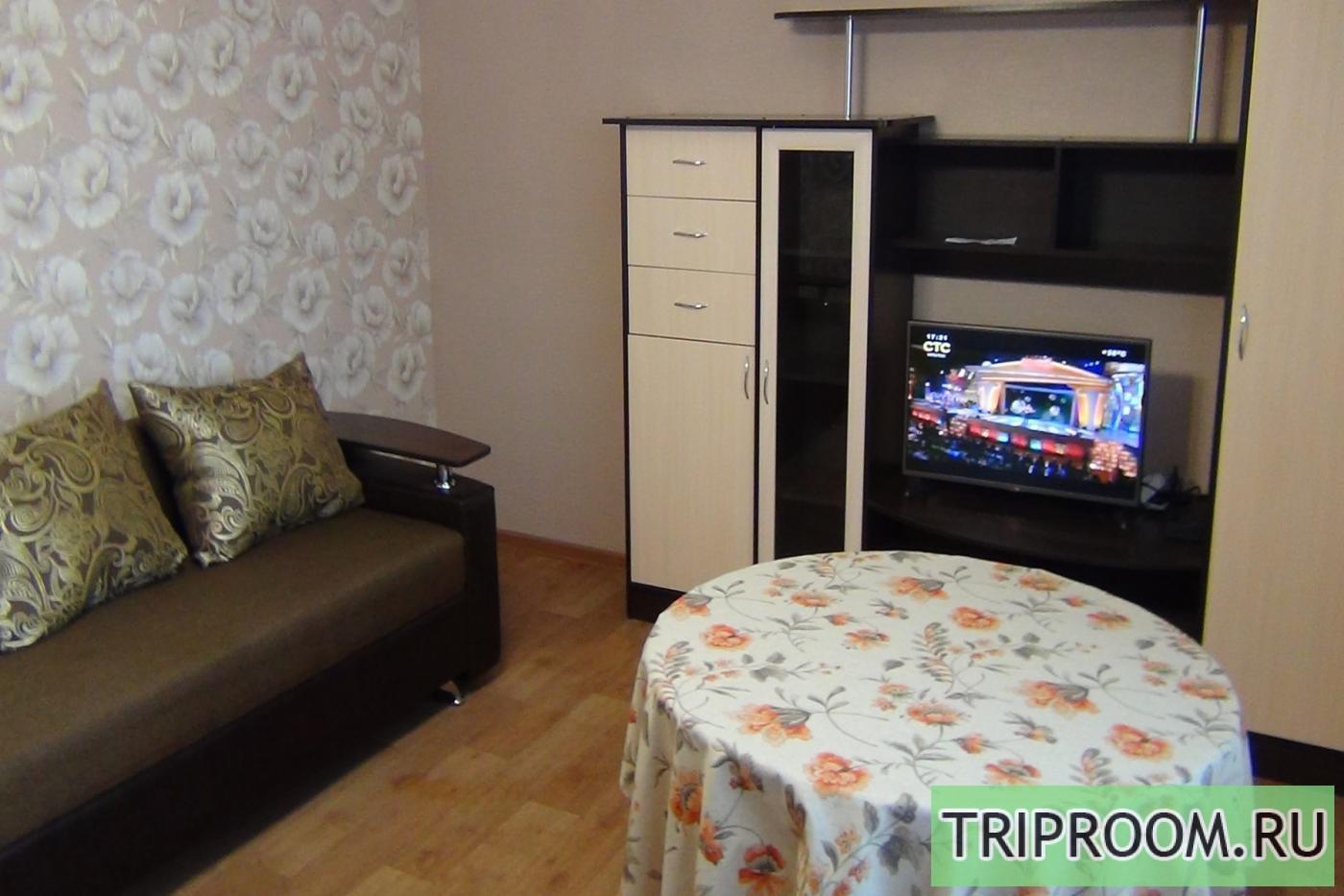 2-комнатная квартира посуточно (вариант № 2611), ул. Байкальская улица, фото № 1