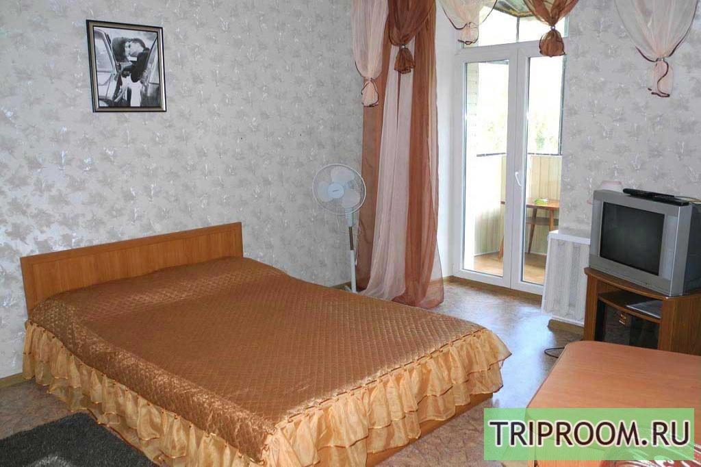 1-комнатная квартира посуточно (вариант № 3869), ул. Дзержинского улица, фото № 1