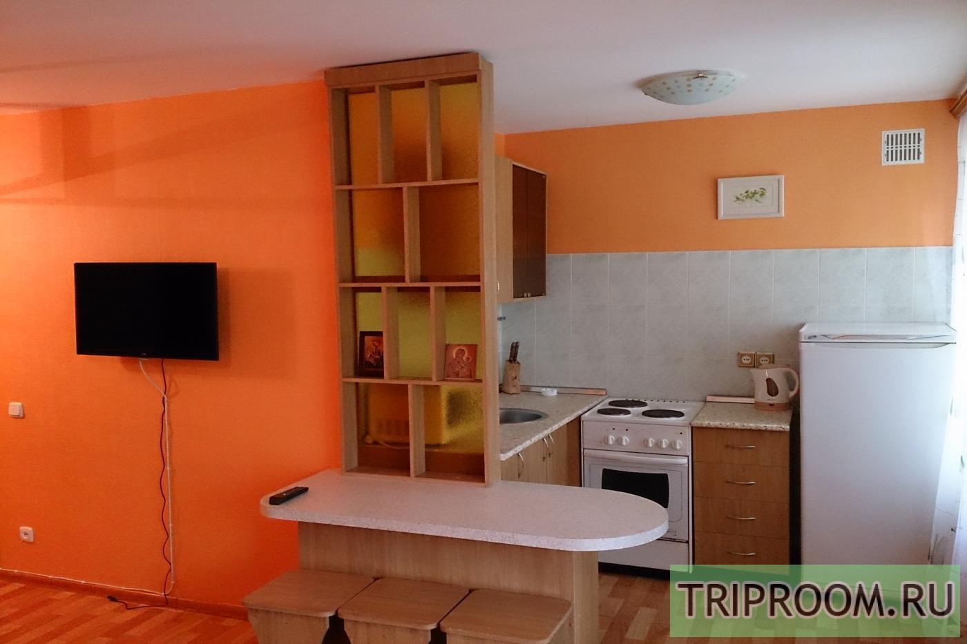 1-комнатная квартира посуточно (вариант № 12826), ул. Челюскинцев улица, фото № 3