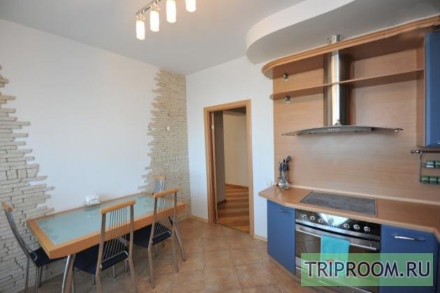 3-комнатная квартира посуточно (вариант № 7750), ул. Маршала Чуйкова улица, фото № 3