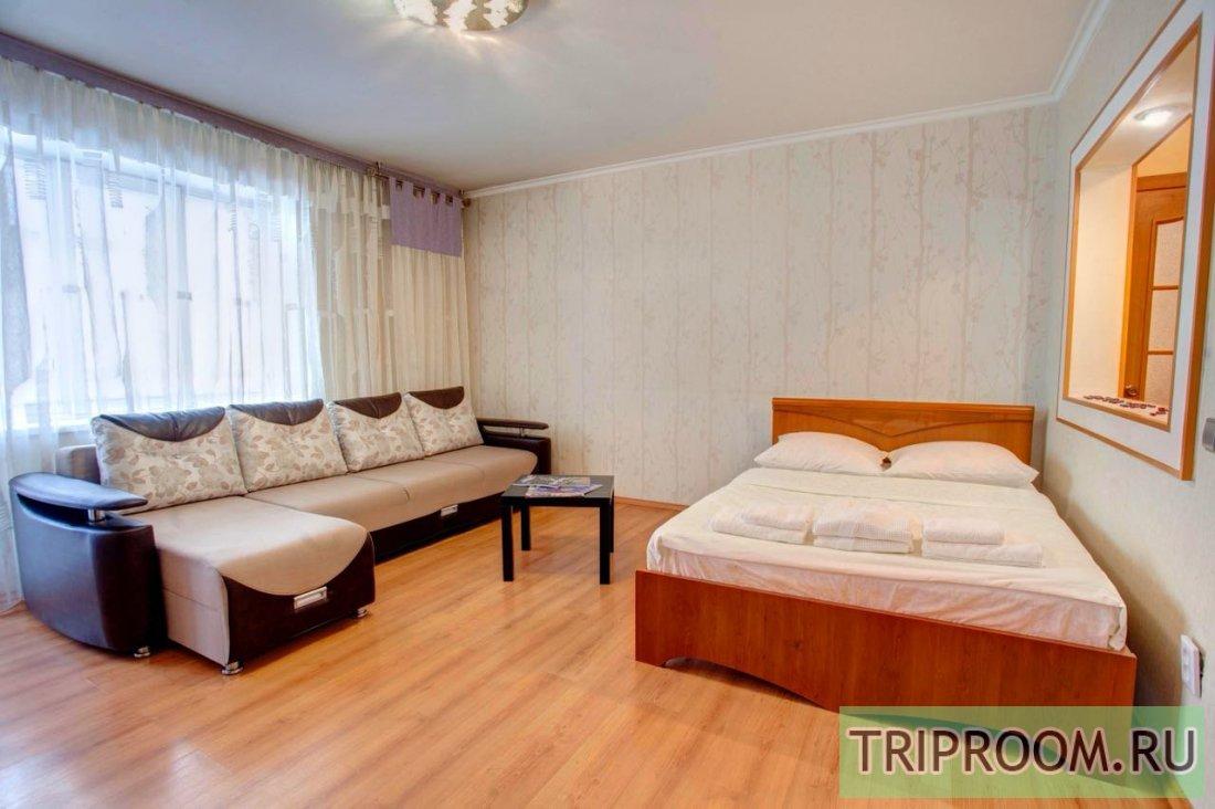 2-комнатная квартира посуточно (вариант № 37145), ул. Алексеева улица, фото № 1