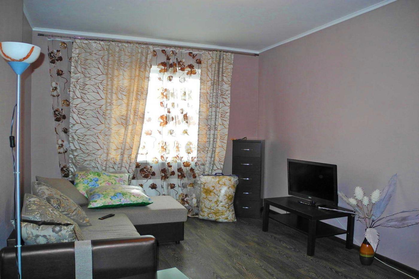 1-комнатная квартира посуточно (вариант № 3875), ул. Ленинский проспект, фото № 1