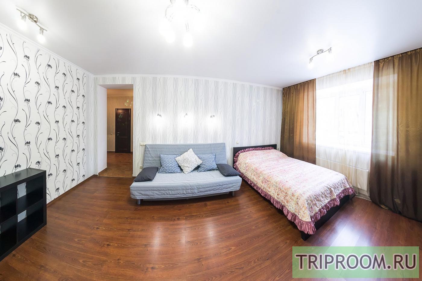 1-комнатная квартира посуточно (вариант № 33969), ул. Серафимовича улица, фото № 11
