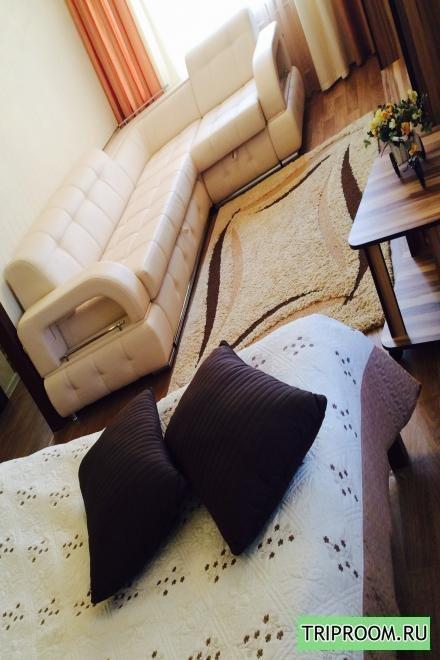 1-комнатная квартира посуточно (вариант № 584), ул. Победы проспект, фото № 1
