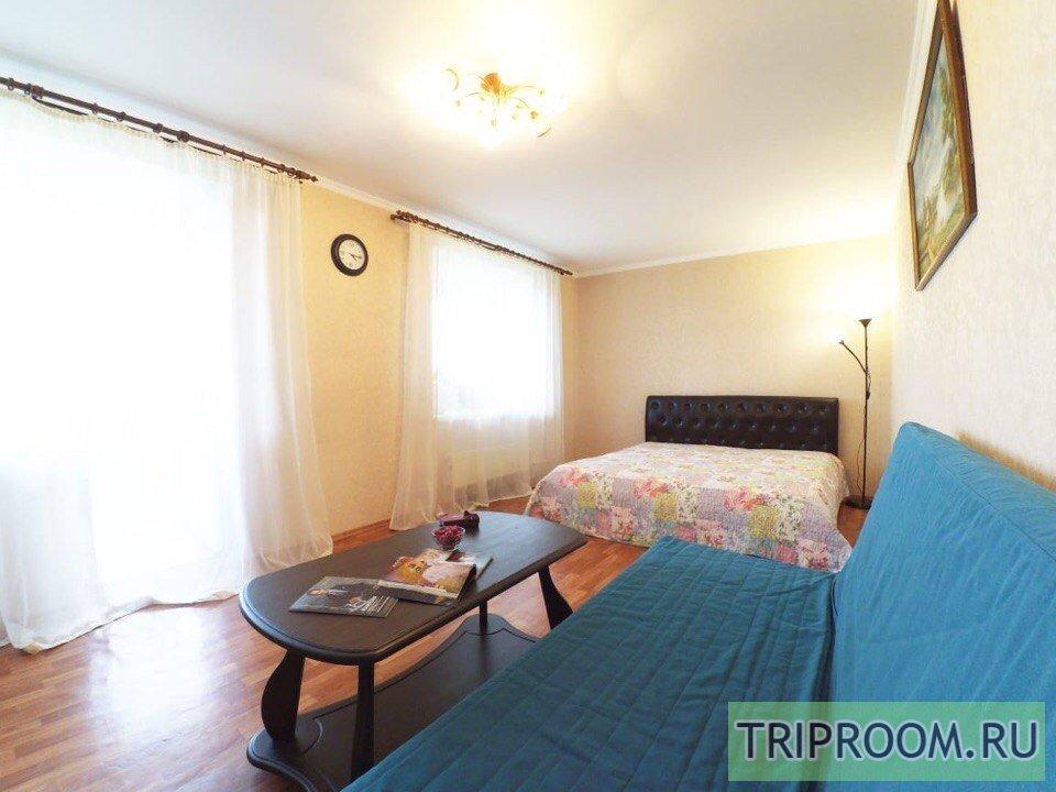 1-комнатная квартира посуточно (вариант № 60791), ул. Адоратского, фото № 1