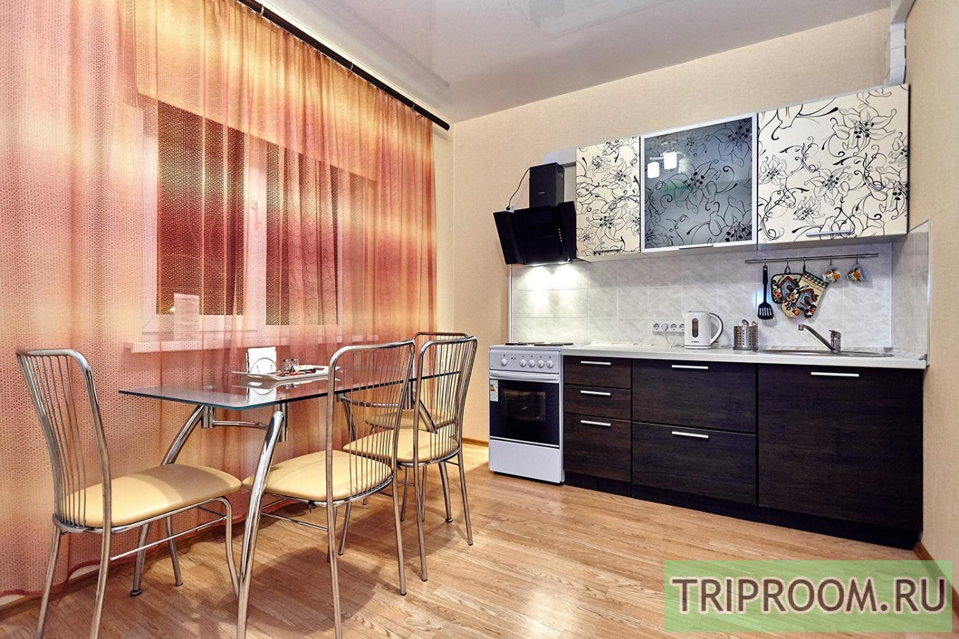 2-комнатная квартира посуточно (вариант № 10581), ул. Соколова улица, фото № 8