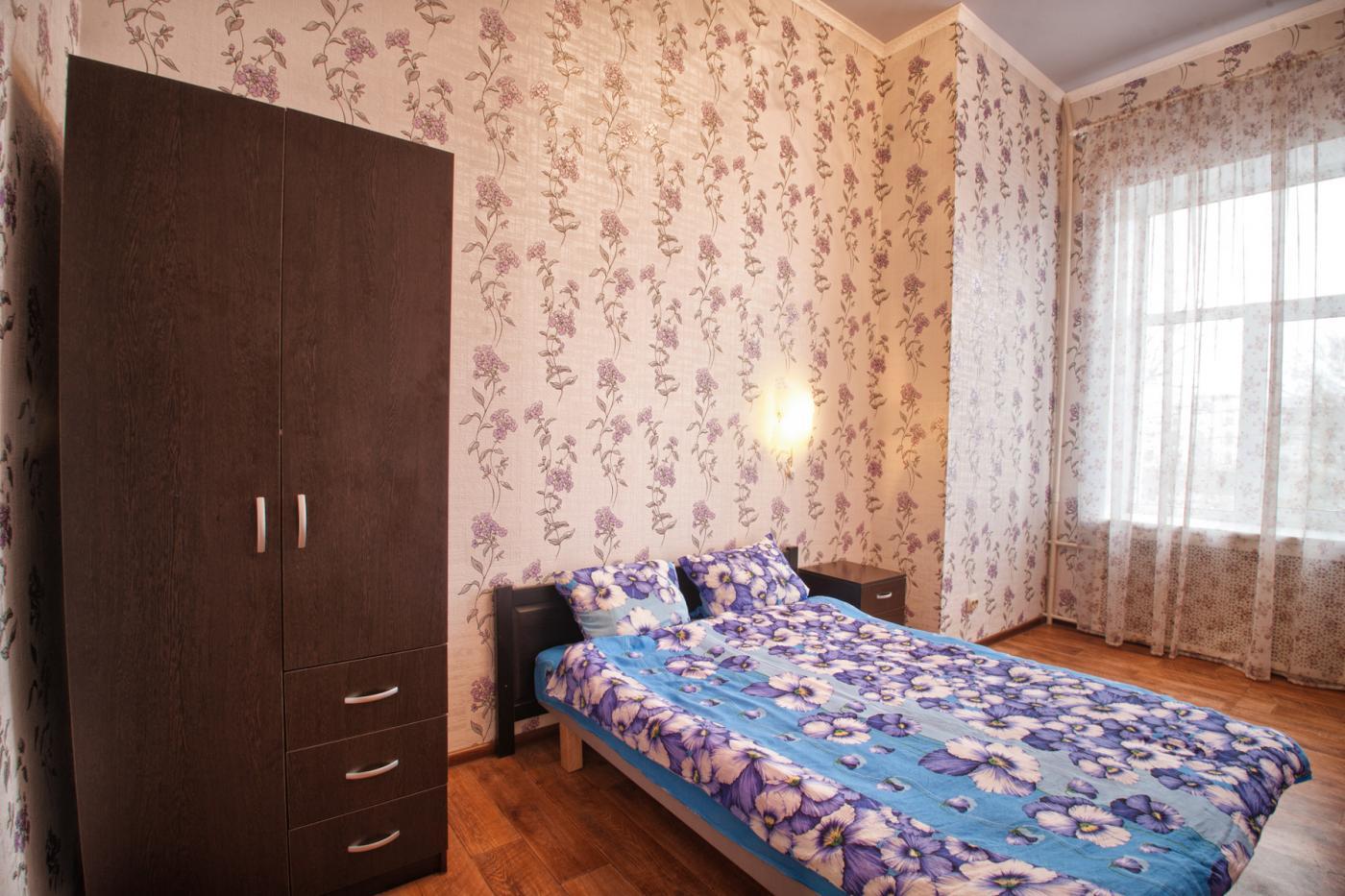 3-комнатная квартира посуточно (вариант № 1194), ул. Дзержинского улица, фото № 4