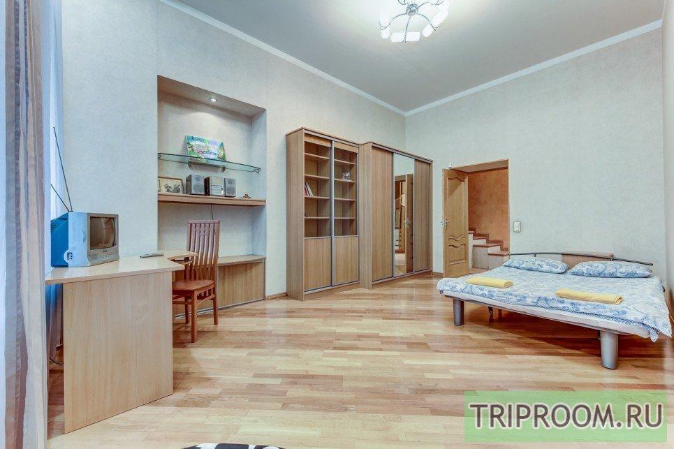 4-комнатная квартира посуточно (вариант № 55589), ул. Невский проспект, фото № 7