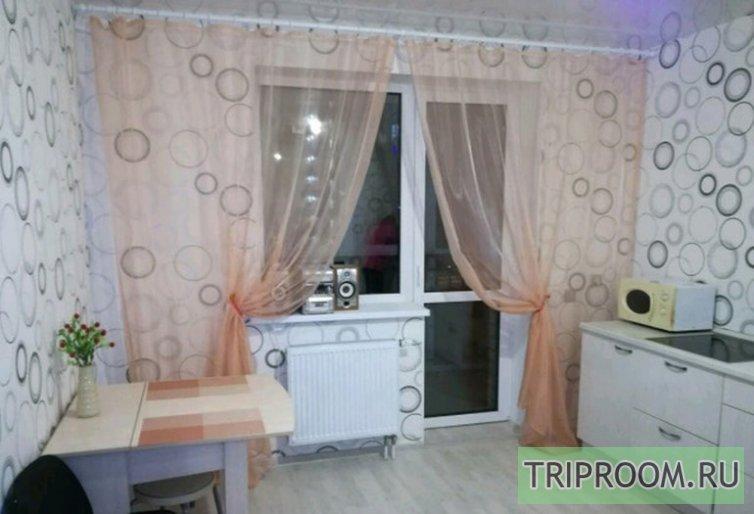 1-комнатная квартира посуточно (вариант № 45858), ул. Мелик Карамова, фото № 1