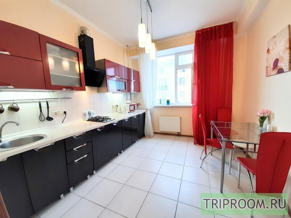 2-комнатная квартира посуточно (вариант № 657), ул. Дыбенко улица, фото № 23
