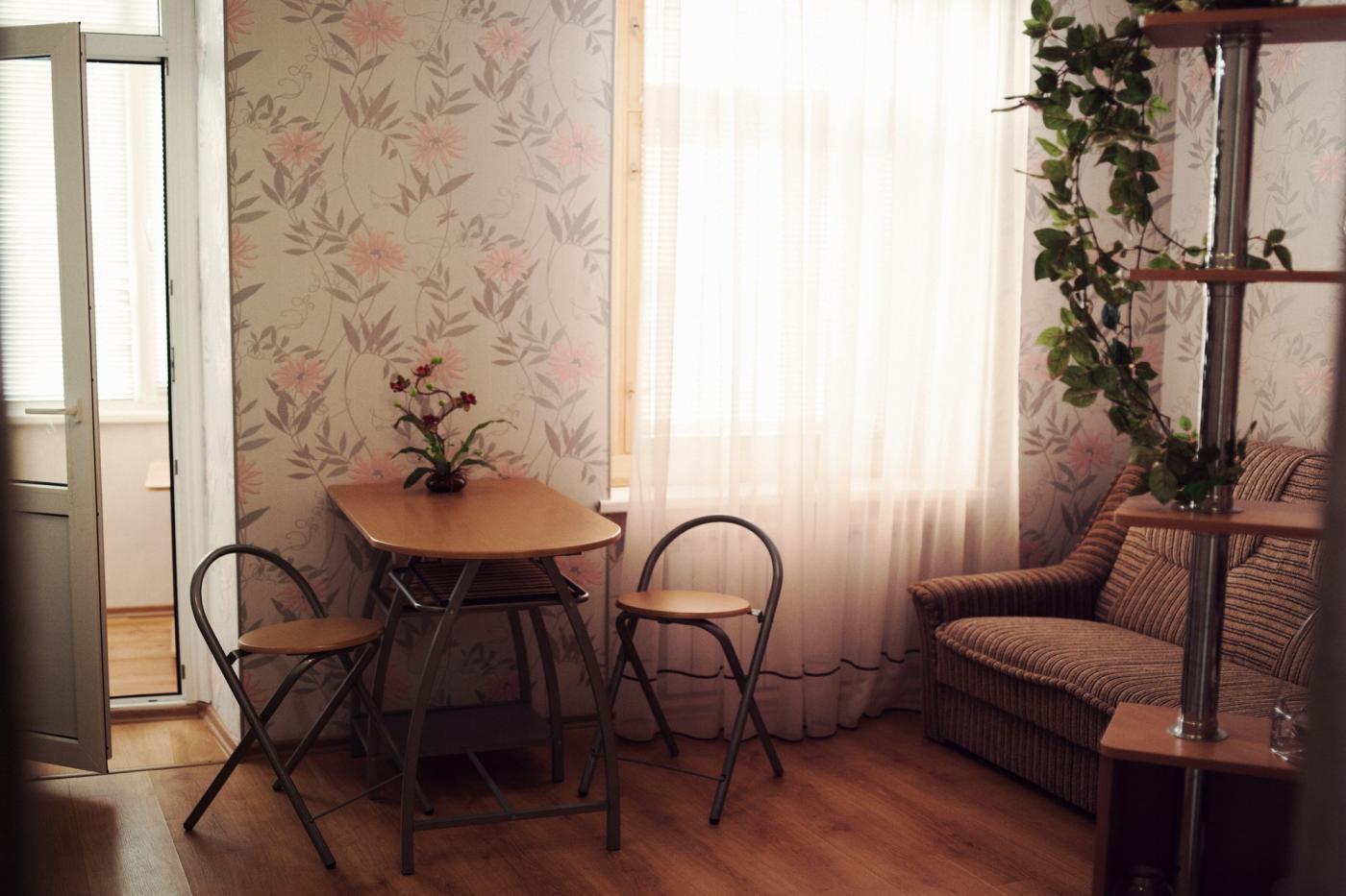2-комнатная квартира посуточно (вариант № 1536), ул. Воронина улица, фото № 5