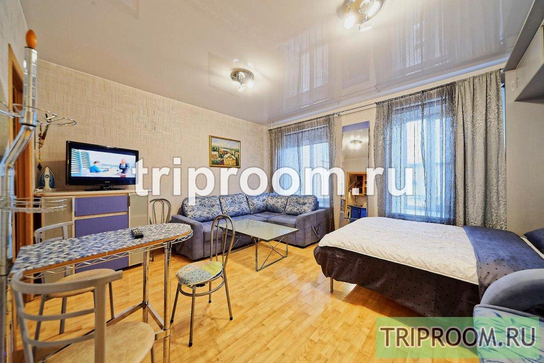 1-комнатная квартира посуточно (вариант № 15084), ул. Невский проспект, фото № 1