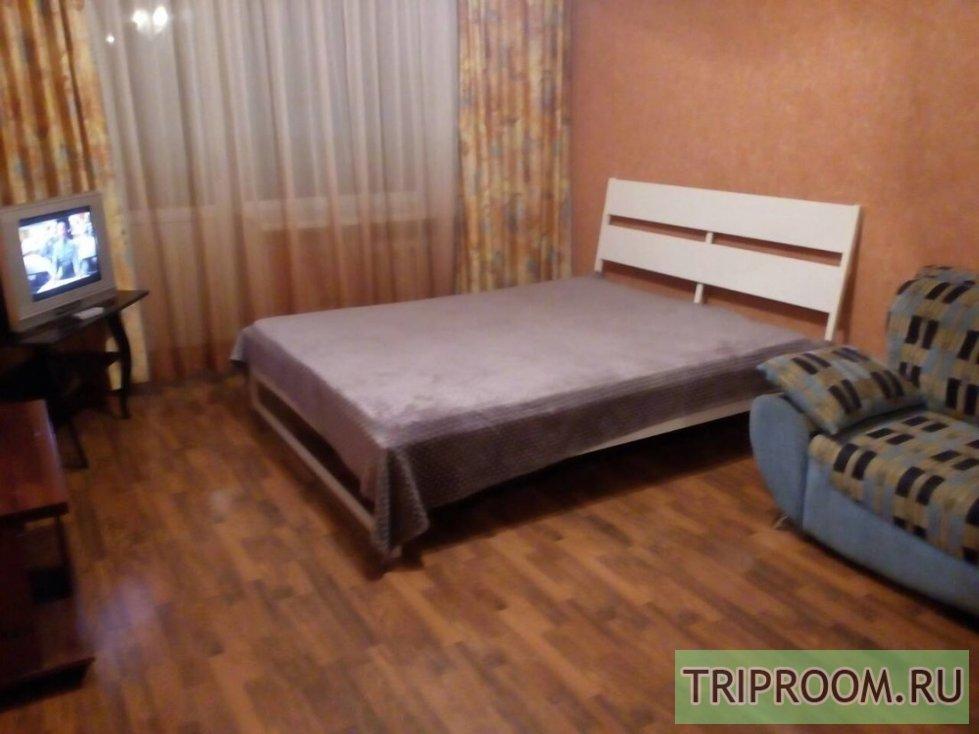 1-комнатная квартира посуточно (вариант № 11690), ул. Вольская улица, фото № 1