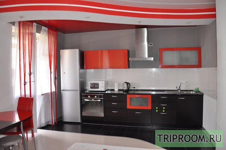 2-комнатная квартира посуточно (вариант № 42200), ул. Красноармейская улица, фото № 1