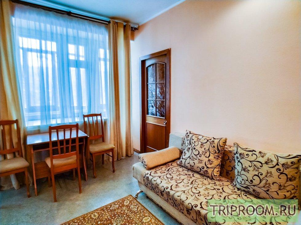 2-комнатная квартира посуточно (вариант № 60531), ул. Комсомольский проспект, фото № 3
