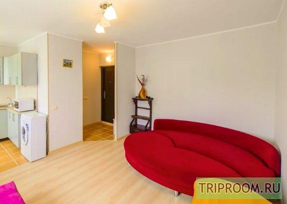 1-комнатная квартира посуточно (вариант № 46960), ул. 100-летия Владивостока проспект, фото № 1