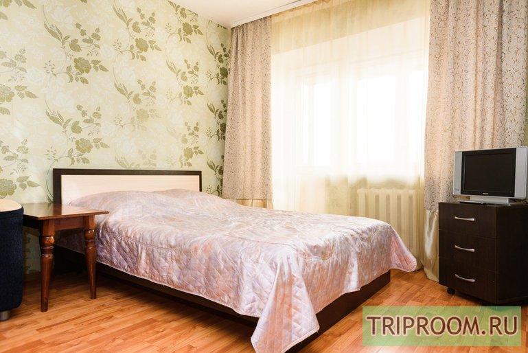 1-комнатная квартира посуточно (вариант № 21212), ул. Лебедева-Лумача улица, фото № 1