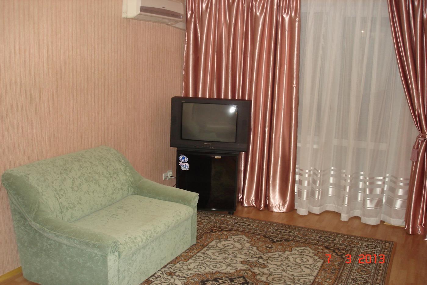 2-комнатная квартира посуточно (вариант № 1714), ул. Гоголя улица, фото № 3