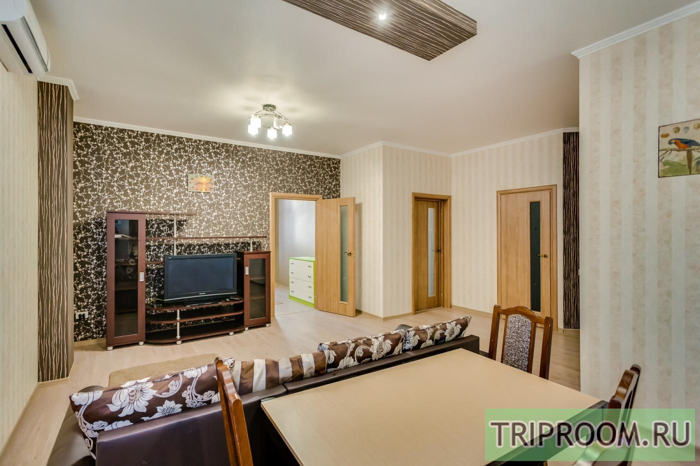 3-комнатная квартира посуточно (вариант № 23511), ул. Красноармейская улица, фото № 10
