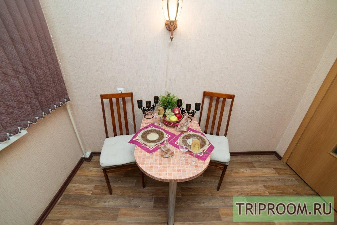 1-комнатная квартира посуточно (вариант № 6118), ул. Братьев Кашириных улица, фото № 9