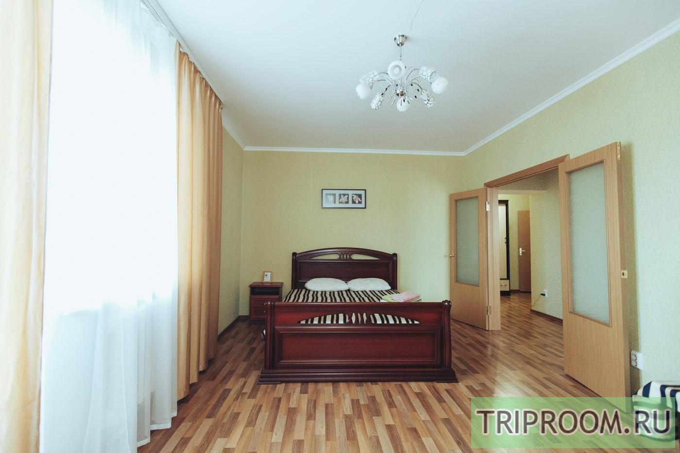 1-комнатная квартира посуточно (вариант № 30979), ул. Петра Смородина улица, фото № 2