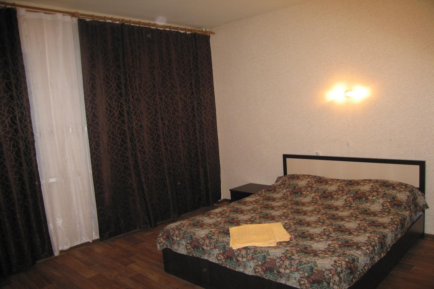 1-комнатная квартира посуточно (вариант № 2607), ул. лизюкова улица, фото № 6