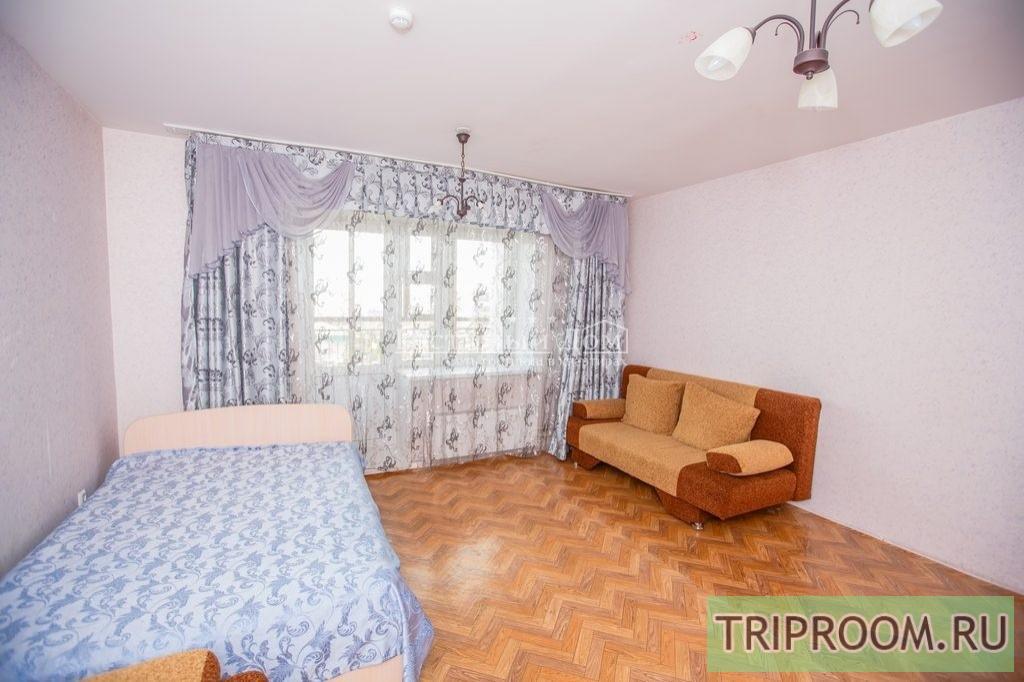 2-комнатная квартира посуточно (вариант № 28497), ул. Алексеева улица, фото № 1