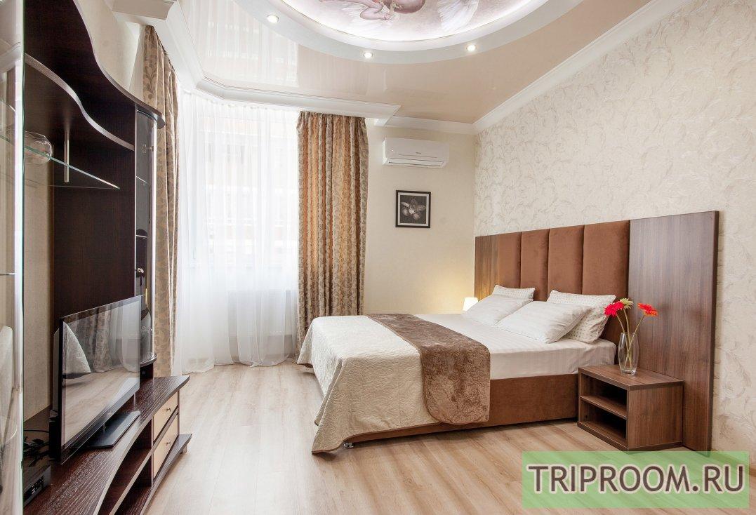 1-комнатная квартира посуточно (вариант № 32406), ул. Казбекская улица, фото № 1