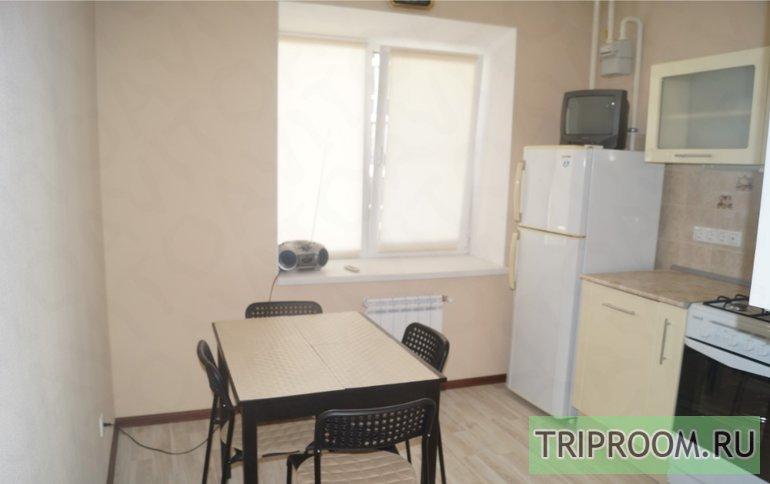 1-комнатная квартира посуточно (вариант № 45046), ул. Ивана Морозова, фото № 2