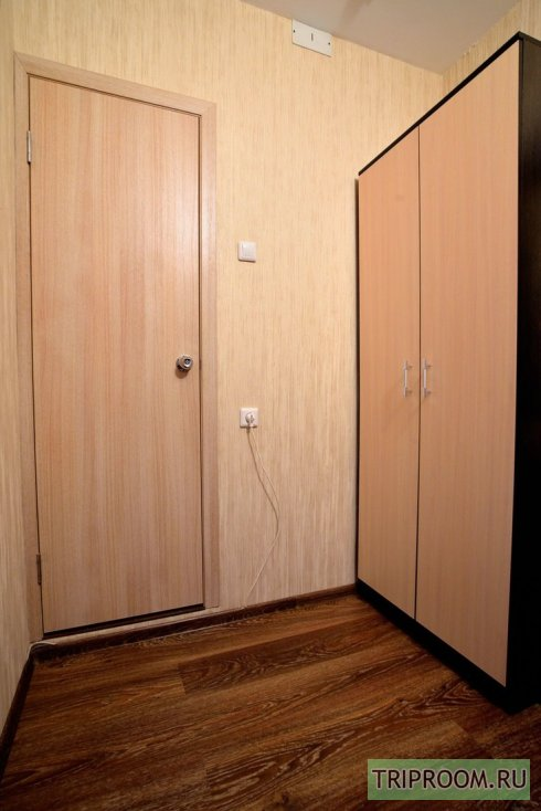 1-комнатная квартира посуточно (вариант № 38803), ул. Братьев Кашириных улица, фото № 13