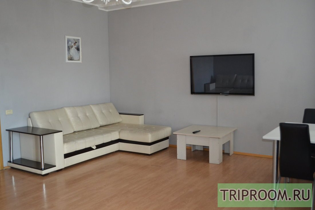3-комнатная квартира посуточно (вариант № 56230), ул. Кирова улица, фото № 1