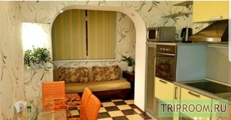 2-комнатная квартира посуточно (вариант № 52529), ул. Профсоюзов улица, фото № 1