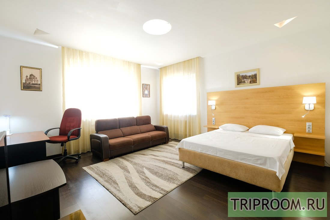 2-комнатная квартира посуточно (вариант № 55053), ул. Белинского улица, фото № 1