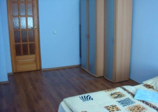 3-комнатная квартира посуточно (вариант № 190), ул. Куйбышева улица, фото № 5