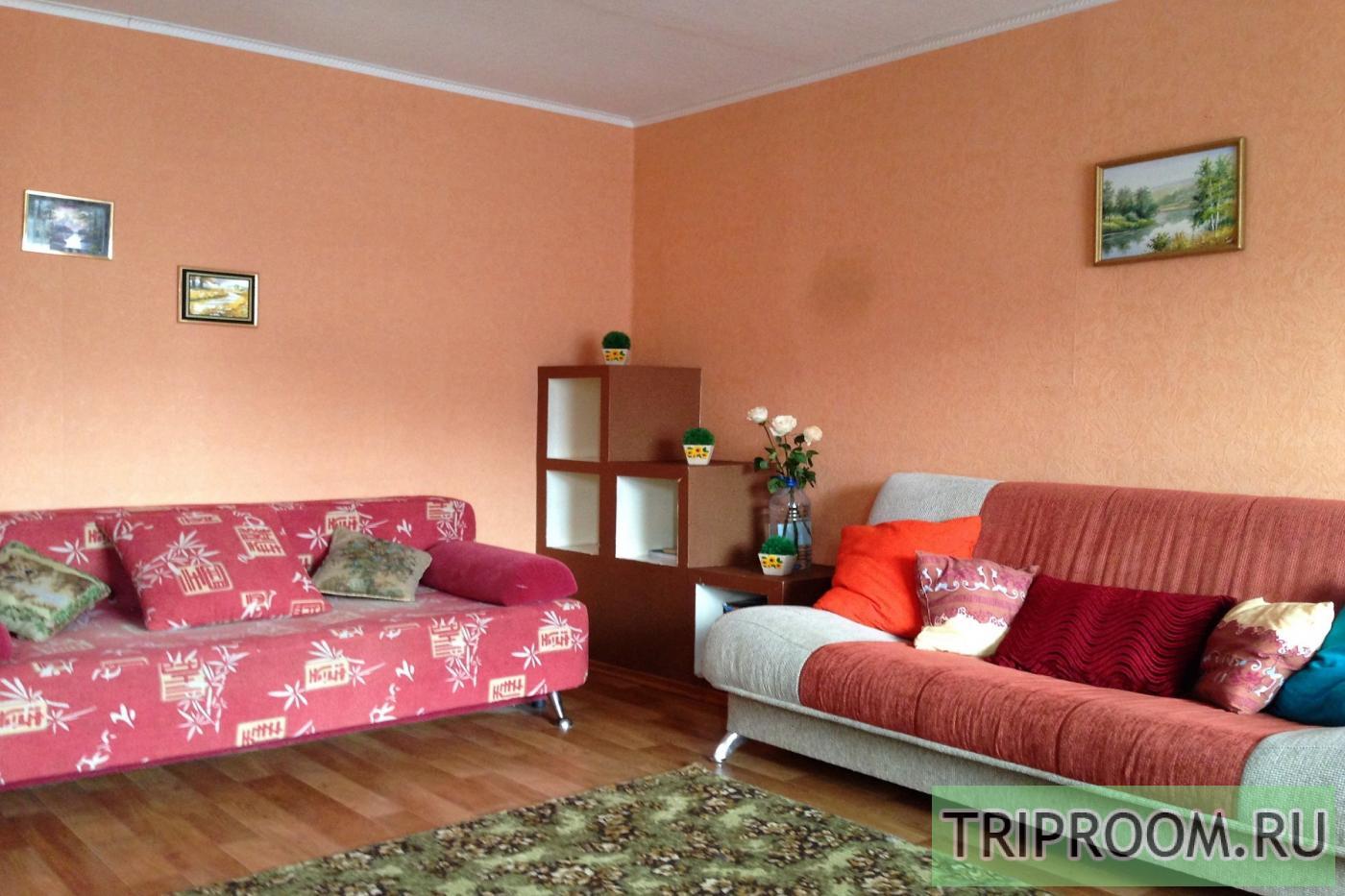 2-комнатная квартира посуточно (вариант № 27829), ул. Комсомольский проспект, фото № 1