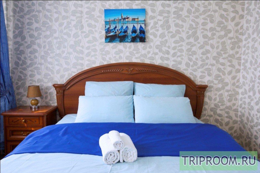 2-комнатная квартира посуточно (вариант № 36965), ул. Игоря Киртбая улица, фото № 1