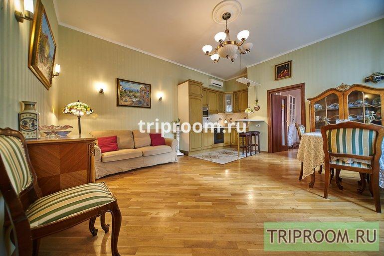 2-комнатная квартира посуточно (вариант № 15097), ул. Реки Мойки набережная, фото № 1