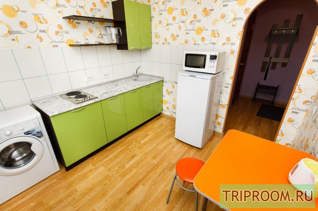 1-комнатная квартира посуточно (вариант № 53412), ул. Хохрякова улица, фото № 11
