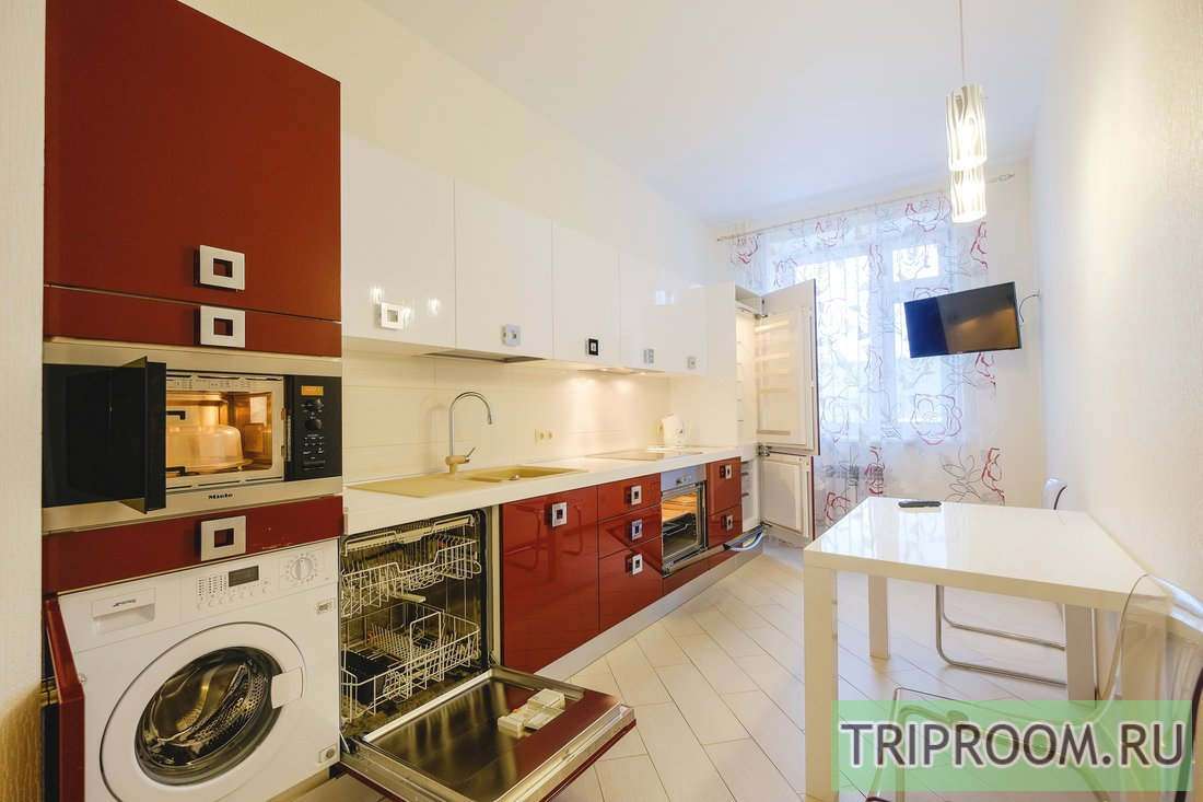 1-комнатная квартира посуточно (вариант № 55218), ул. Карташева улица, фото № 2