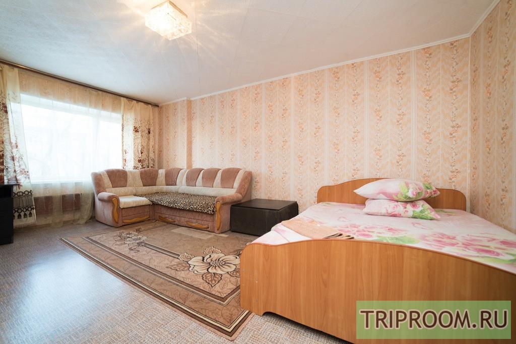 1-комнатная квартира посуточно (вариант № 11198), ул. Сони Кривой улица, фото № 2