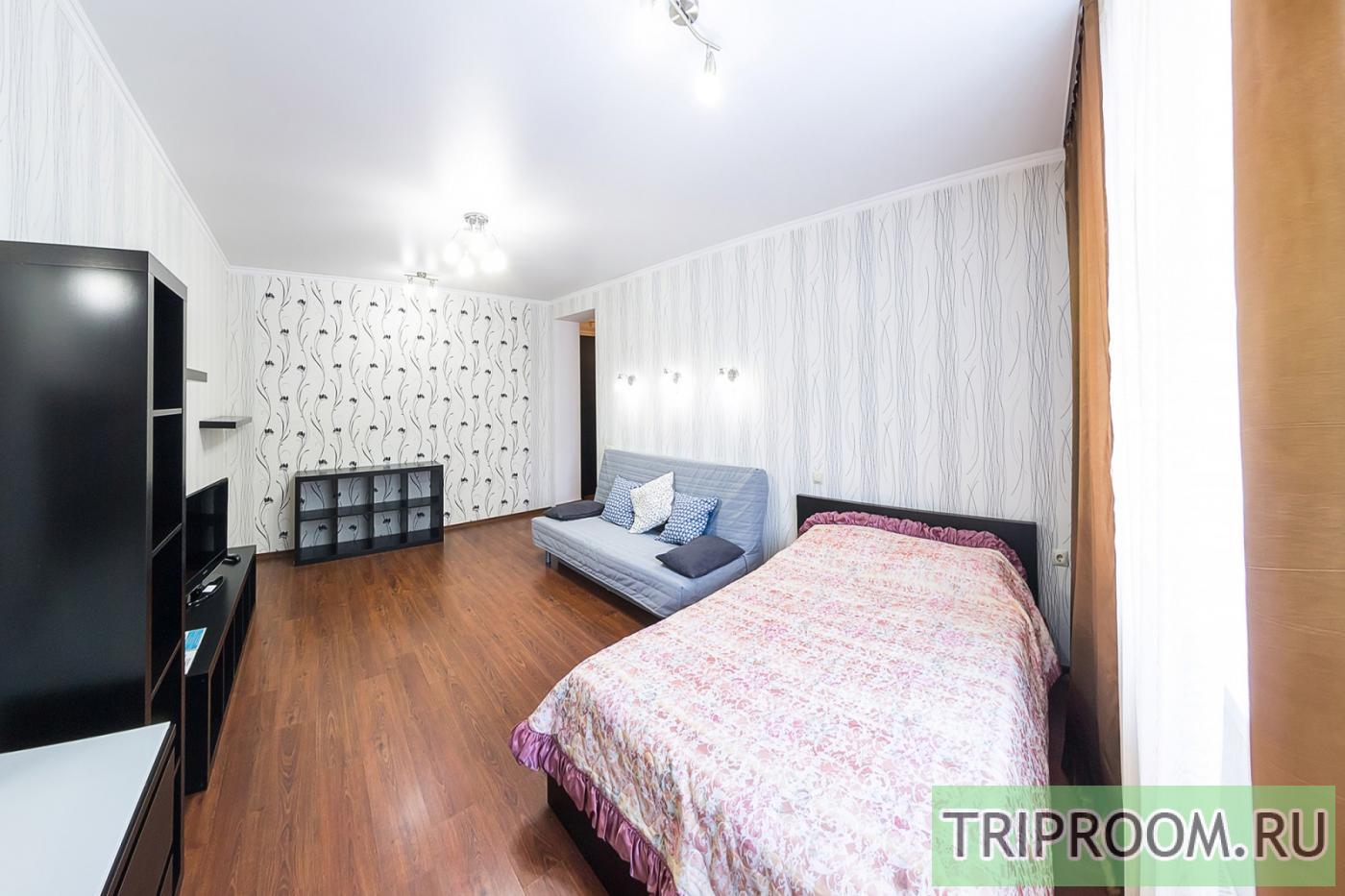 1-комнатная квартира посуточно (вариант № 33969), ул. Серафимовича улица, фото № 9