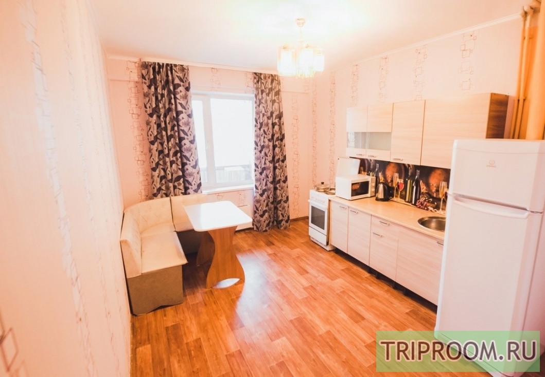2-комнатная квартира посуточно (вариант № 70231), ул. Билимбаевская, фото № 8