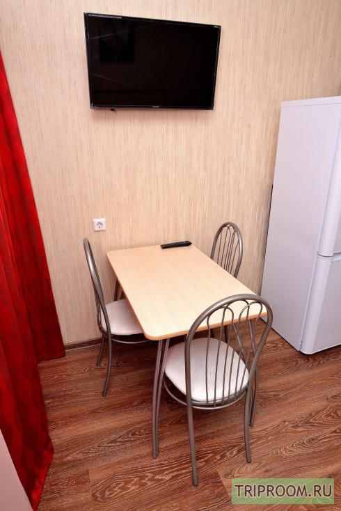 1-комнатная квартира посуточно (вариант № 38803), ул. Братьев Кашириных улица, фото № 3