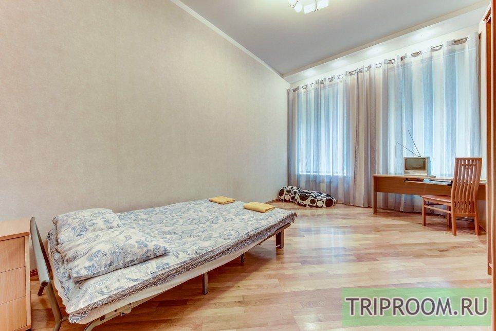 4-комнатная квартира посуточно (вариант № 55589), ул. Невский проспект, фото № 4