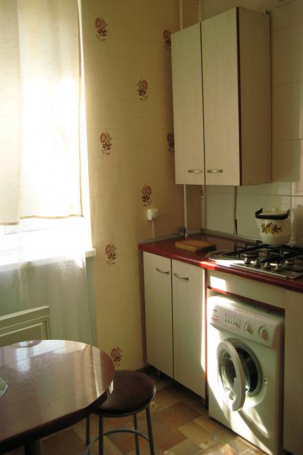 1-комнатная квартира посуточно (вариант № 852), ул. Октябрьской Революции проспект, фото № 2