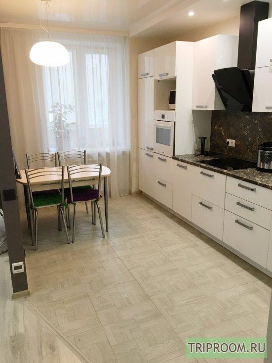 2-комнатная квартира посуточно (вариант № 66088), ул. Черняховского, фото № 1