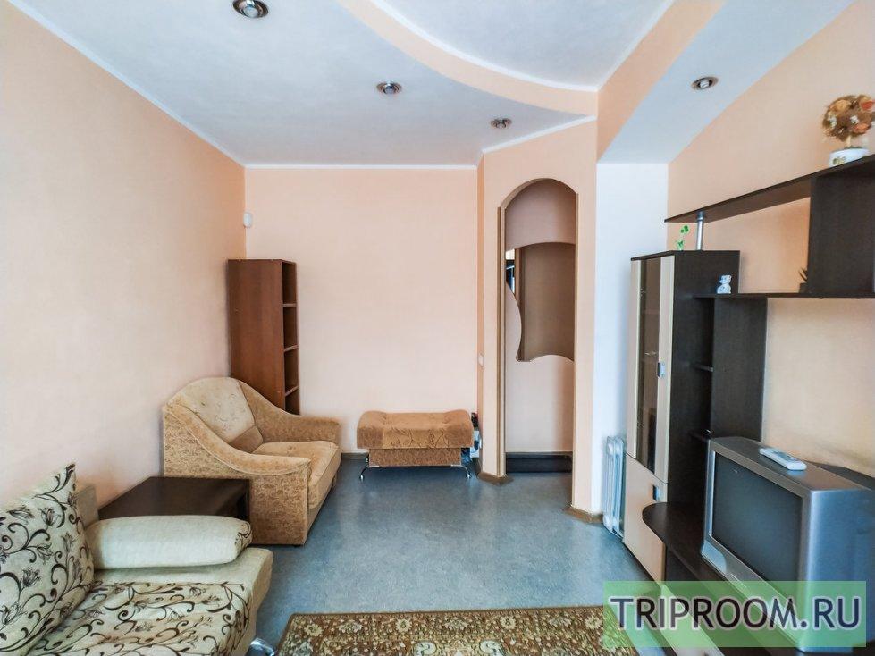 2-комнатная квартира посуточно (вариант № 60531), ул. Комсомольский проспект, фото № 4