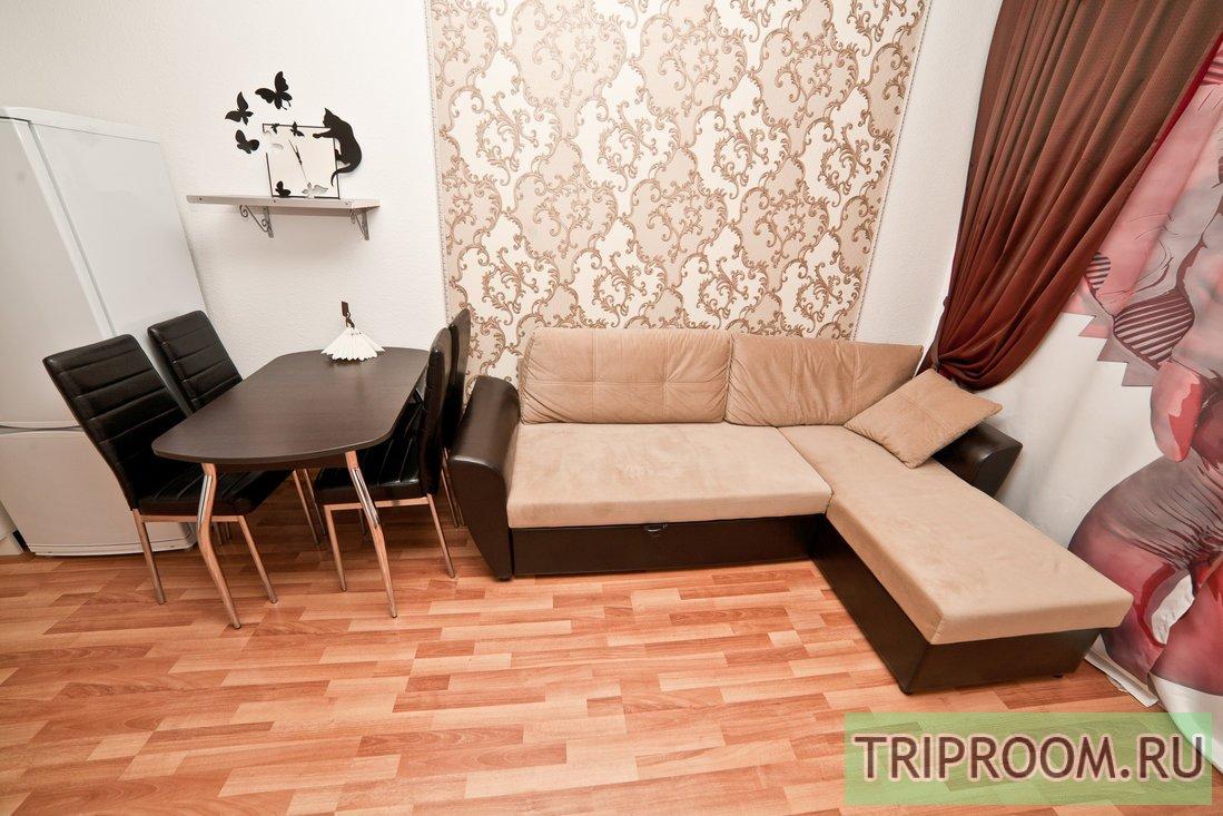 2-комнатная квартира посуточно (вариант № 60012), ул. Стачек улица, фото № 3